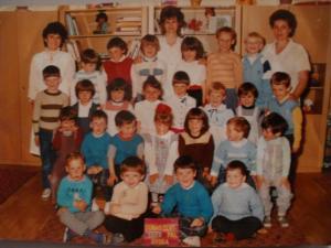 1989.Régi csoportkép Aranka nénivel.